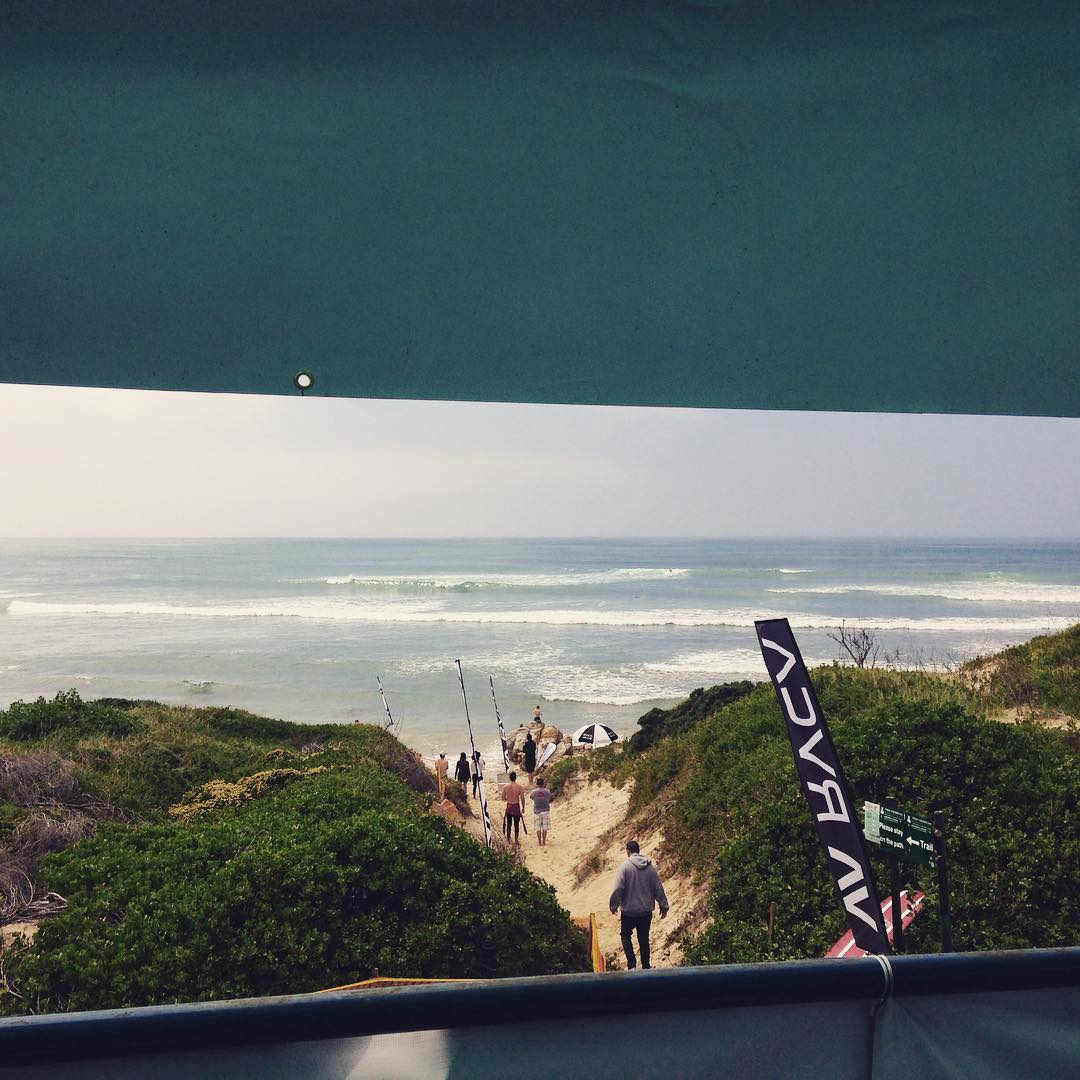 Thank you @loggersunion for putting together such a successful comp, @rvcasouthafrica for making it possible, @dessawyersurfboards for amazing surfboards, @miabaard @shreddershannon being my slider friends and the Man above for keeping the wind away and blessing us with incredible conditions. #cobbelsclassic #rvcasa #singlefin